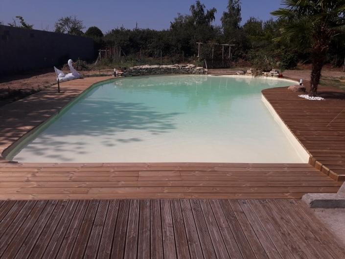 Création piscine sur terre avec Bâche marque SIKAPLAN, couleur sable